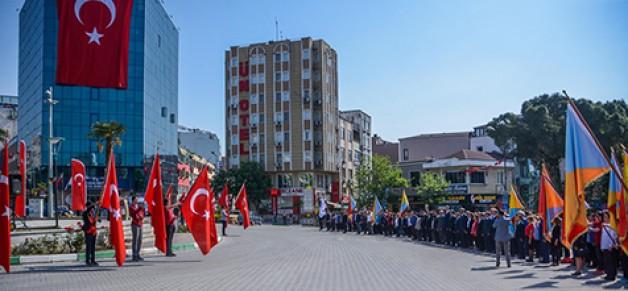 """""""19 Mayıs Türkiye'nin inşasında, ilk tuğlanın konulduğu gündür"""""""