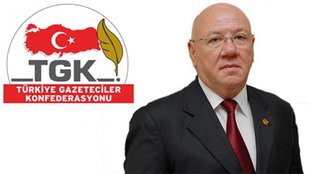 """""""Gazetecilerin yıpranma hakkı basın kartına bağlanmamalı"""""""