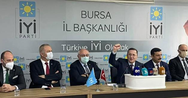 İYİ Partili Türkkan'dan iktidara eleştiri yağmuru