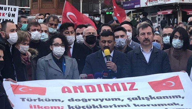İYİ Parti'den 'Andımız' eylemi!