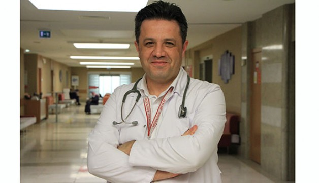 Karacabeyli doktordan Türkiye'de bir ilk!
