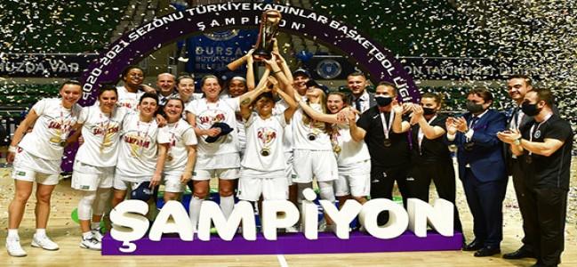 Bursa'nın perileri basketbolda şampiyon!