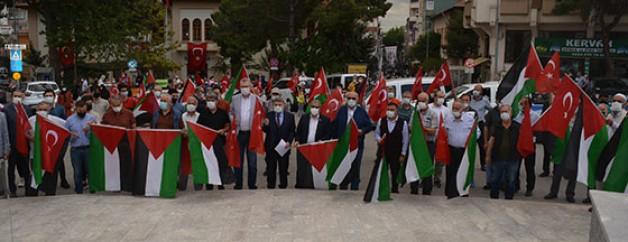 Karacabey'den İsrail'e lanet yağdı!