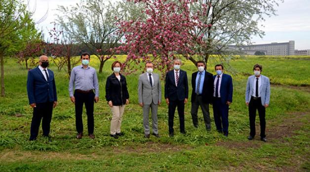 Ziraat Fakültesi hasat rekoruna koşuyor