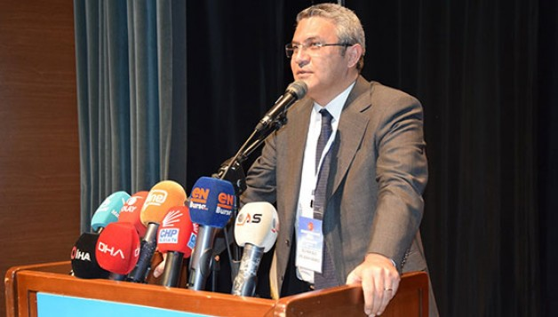 """""""AKP iktidarı lime lime dökülüyor"""""""