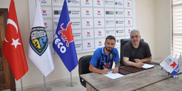 TECO Belediyespor'da transfer sürüyor