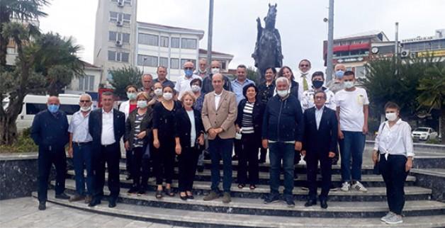 """""""CHP BU ÜLKENİN SARSILMAZ KALESİDİR"""""""