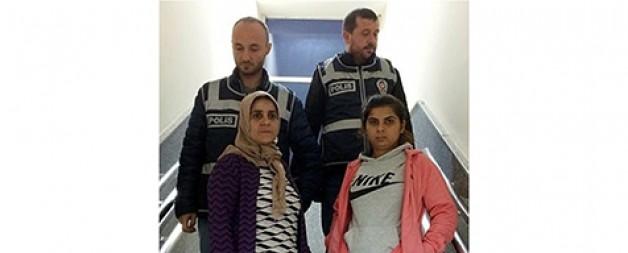 Babasını öldüren kıza ağır tahrik indirimi talebi