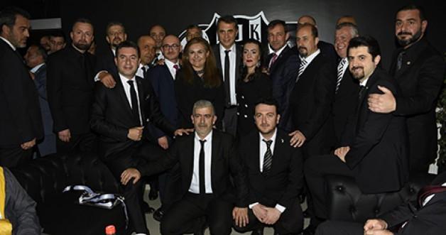 Beşiktaşlılar yeni dernek binasına kavuştu