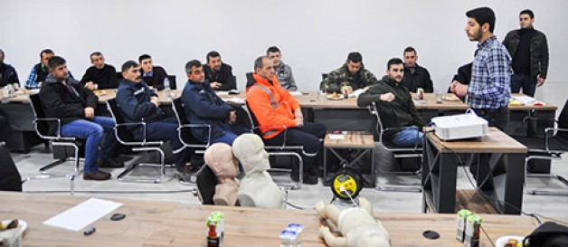 Belediye çalışanlarına 'Temel İlk Yardım Eğitimi'