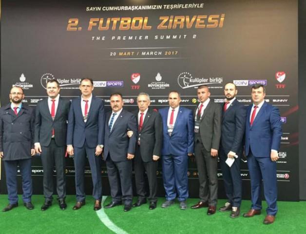 Birlikspor 2. Futbol Zirvesi'nde