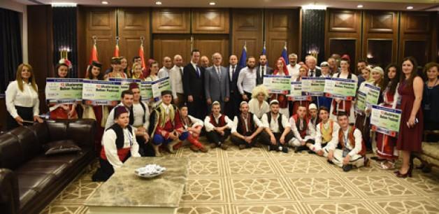 Bursa'dan dünyaya 'barış' mesajları