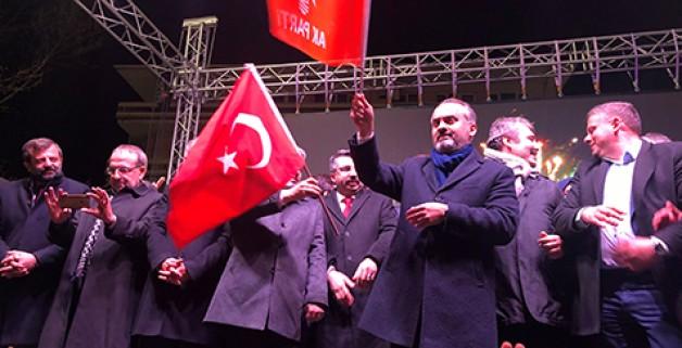 Bursa Aktaş'la 'Devam' dedi