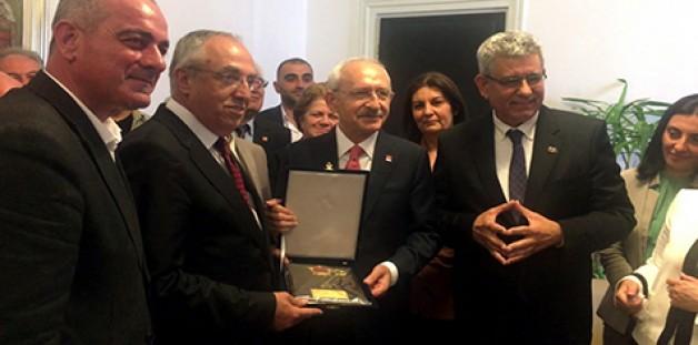 CHP Bursa'dan Kılıçdaroğlu'na ziyaret