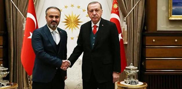 Cumhurbaşkanı Aktaş'ı tebrik etti!