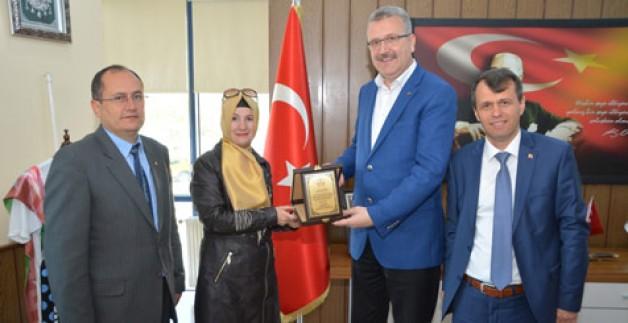 Eğitim kurumlarından Özkan'a teşekkür