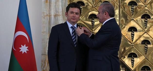 Erkan Aydın'a TÜRKPA Nişanı