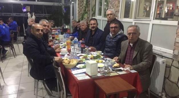 Hanifi Usta'dan Birlikspor'a yemek