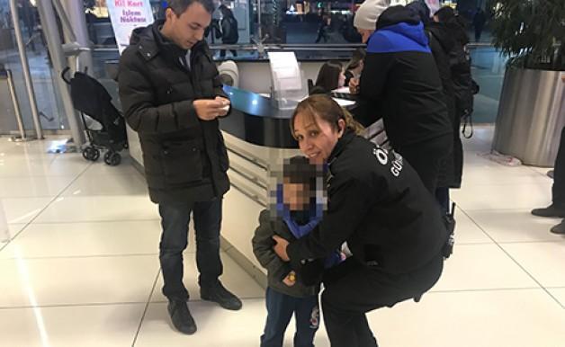 Küçük çocuk devlet korumasında!