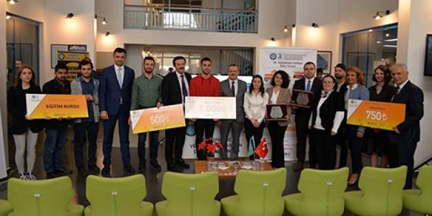 Kütüphane Haftası ödülleri dağıtıldı