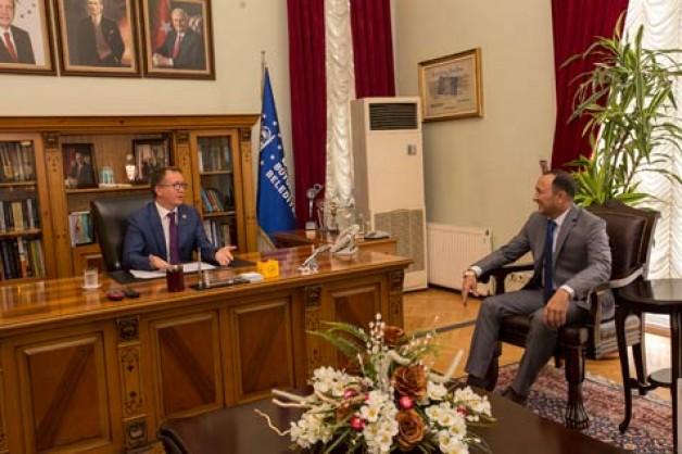 Kırgız Başkonsolostan ziyaret