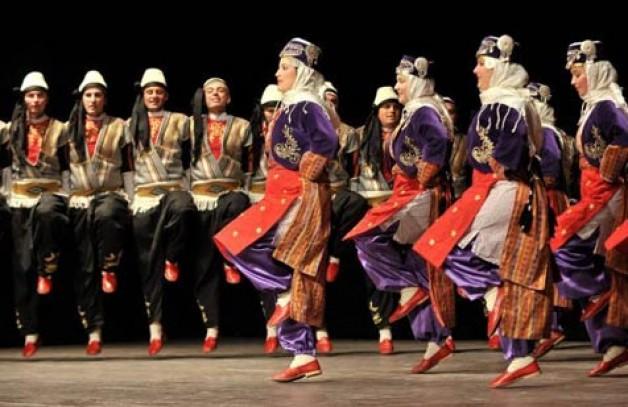 Karacabeyliler'den uluslararası festival