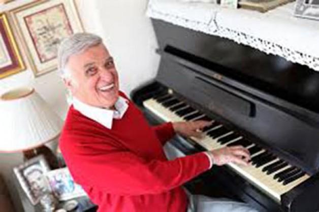 Karacabeyli Saatçi Ahmet'in oğlu ünlü sanatçı:  Metin Ersoy'u kaybettik