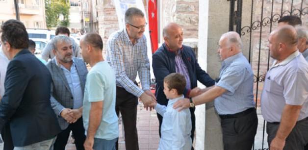 Özkan'dan yoğun bayram programı