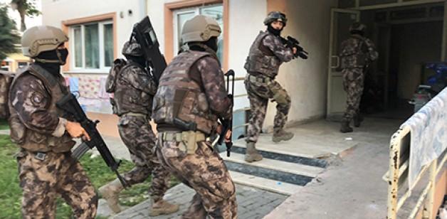 """Polisten """"Bayram Şekeri"""" operasyonu"""