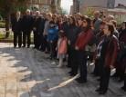 Karacabey CHP, 23 Nisan'da çelenk sundu