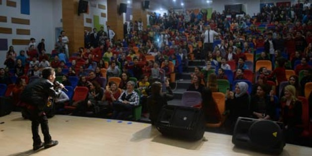 Sınav'dan 'Ses Yarışması'