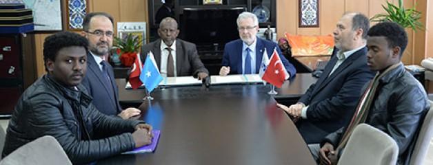 Somali'ye akademik destek