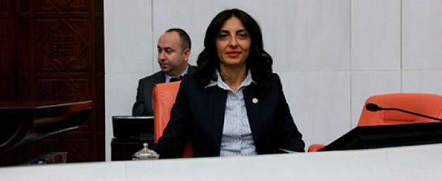 """""""Stada 'Atatürk' ismi verilmeli"""""""
