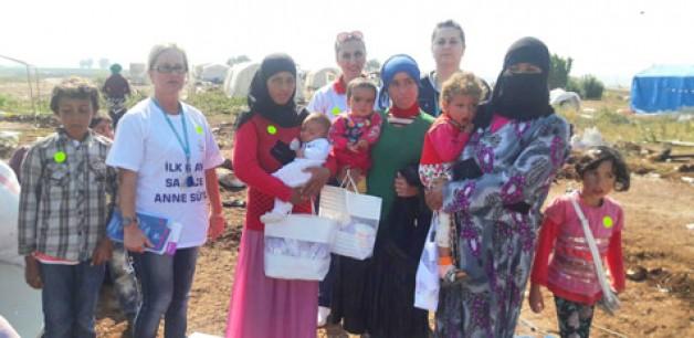 Suriyeliler'e anne sütü anlatıldı