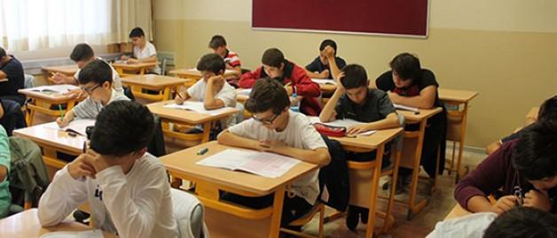 Türk öğrenciler mağdur mu ediliyor?