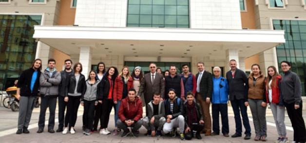 Üniversiteli gençlerden turizm gezisi