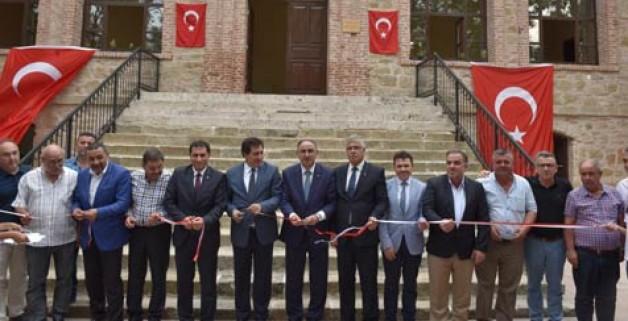 Vali'den ilk ziyaret Mustafakemalpaşa'ya