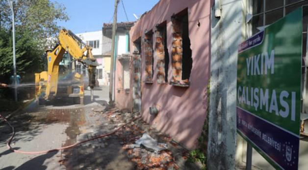 Yapı stoğu yıkımlarla güçleniyor
