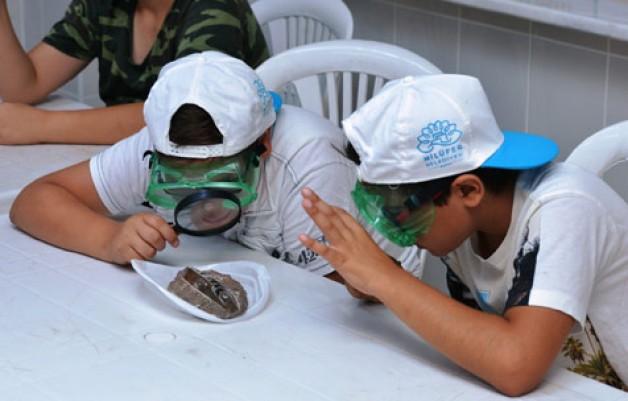 Yaz tatilini bilim ve sanatla geçirdiler