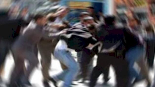Saldırganlardan biri daha önce polise taş atmış!