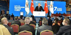 AK-Parti'den-salgına-rağmen-coşkulu-kongre-3