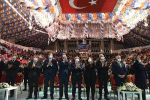 AK-Parti'den-salgına-rağmen-coşkulu-kongre-4