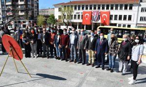 CHP'den-'Sessiz'-23-Nisan-kutlaması-2
