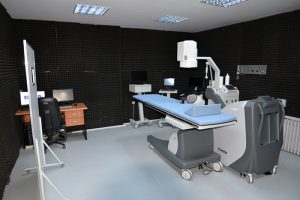 Hastaneye-modern-taş-kırma-cihazı-2