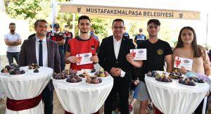 MUSTAFAKEMALPAŞA'DA-BAL-GİBİ-FESTİVAL-3