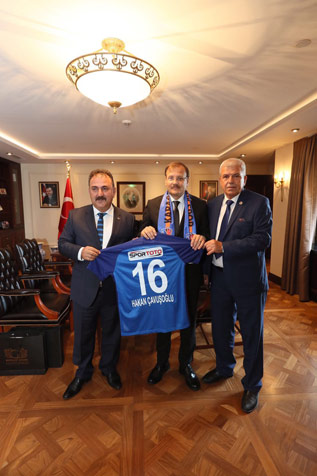 Birlikspor'dan-Çavuşoğlu'na-ziyaret-2