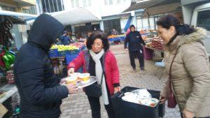 CHP pazarcıların içini ısıttı-4