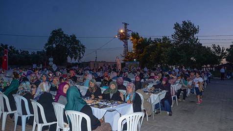 Eskikaraağaç'ta coşkulu iftar-2