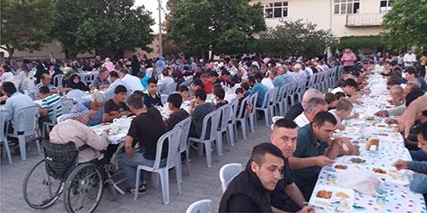 Gönü'de-500-kişilik-iftar-coşkusu-3