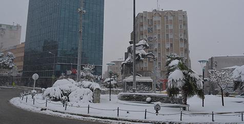 Karacabeyliler-güne-karla-uyandı-2